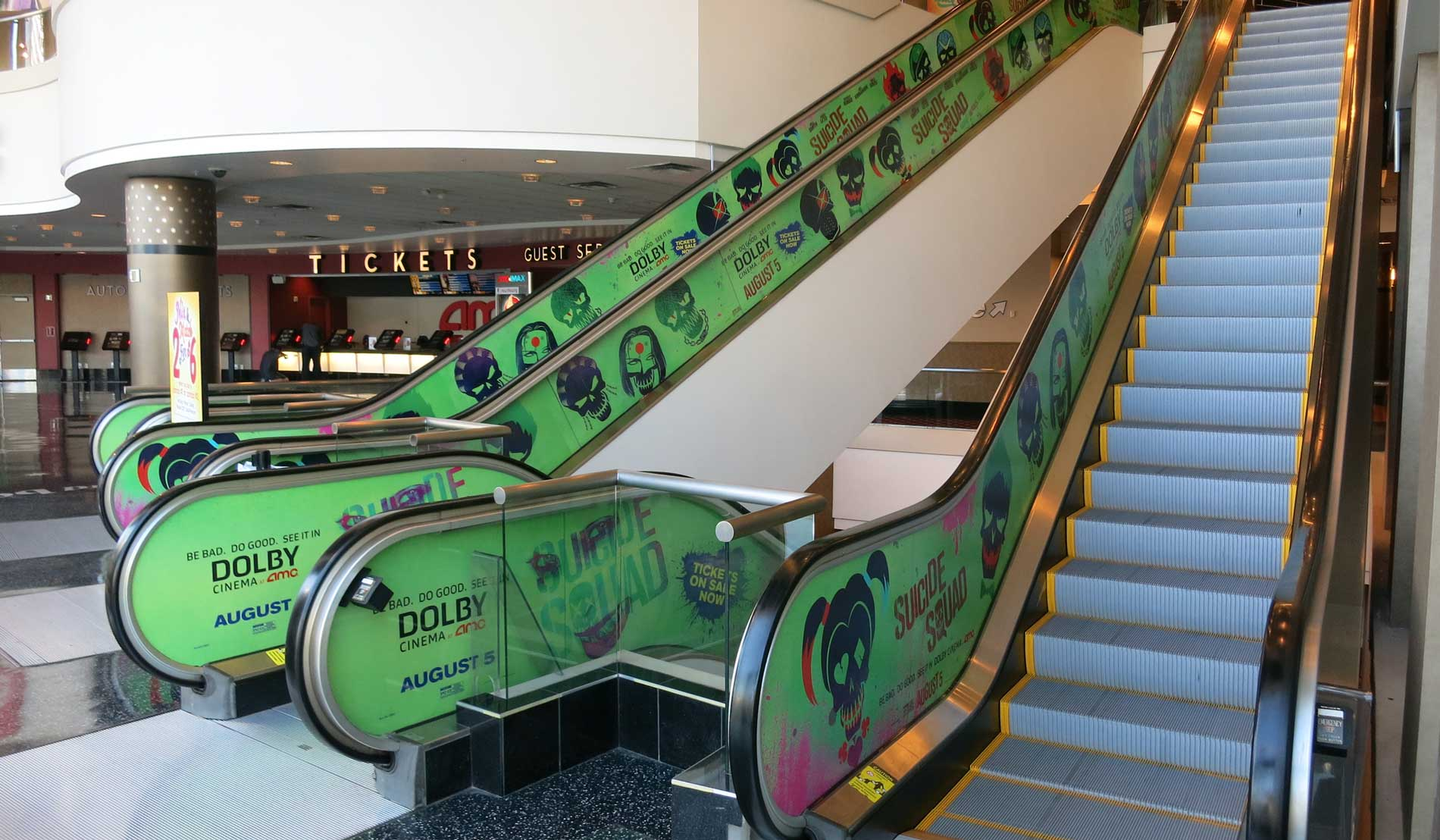 OlsonVisual_SuicideSquad_EscalatorGraphics